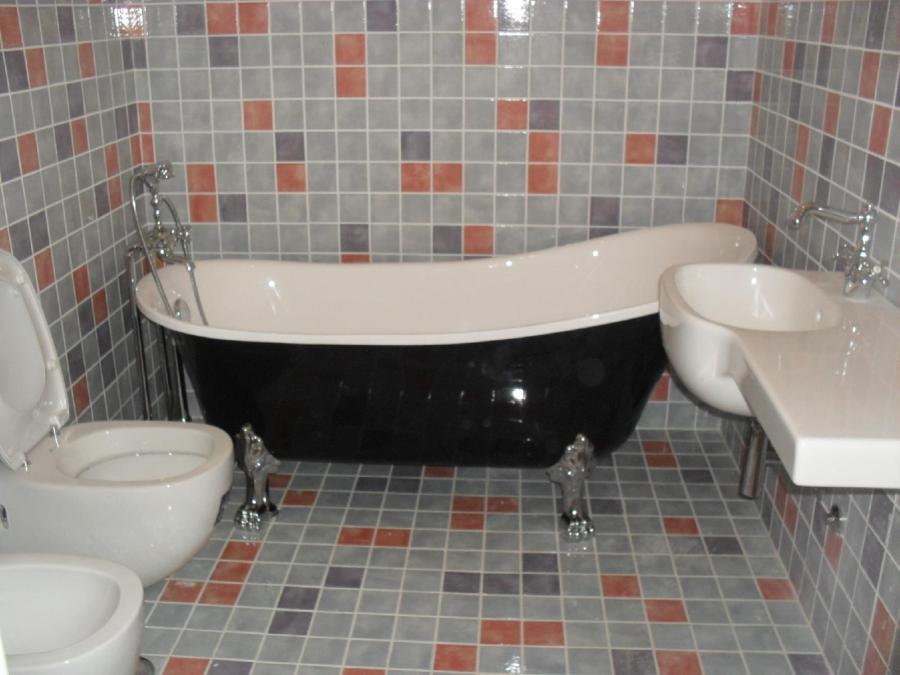 Foto bagno con vasca di nicoedilizia 227297 habitissimo - Ristrutturazione bagno udine ...