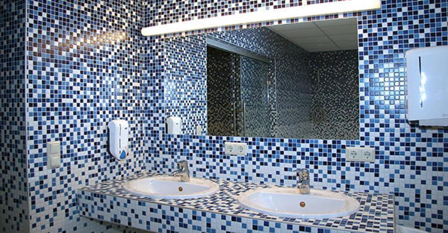 foto: bagno in mosaico acquamarina di acquastop #242579 - habitissimo - Mosaici Per Bagni Moderni