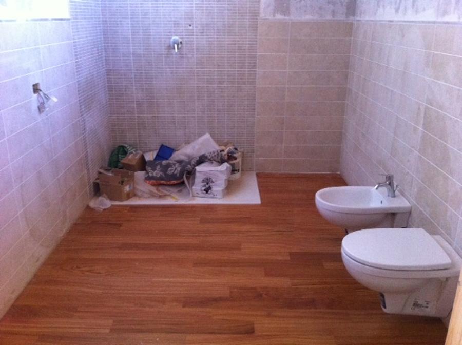 Foto: Bagno In Parquet De Bi Em Costruzioni Srl #241918 ...