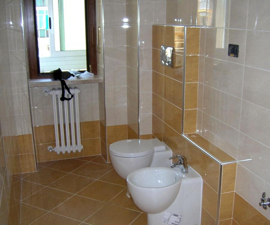 Foto bagno ristrutturato di e s r c 101309 habitissimo - Foto di bagno ...