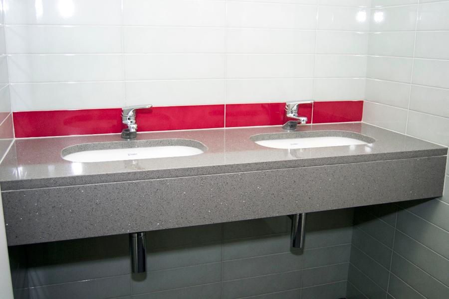 Foto bagno uffici consorzio milano di dagi di daniele for Uffici attrezzati milano
