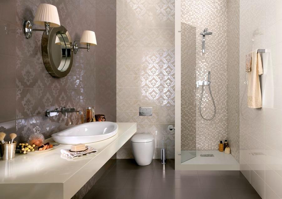 bagni piastrelle : Bagno con piastrelle di alta qualit? con relaizzazione di box doccia ...