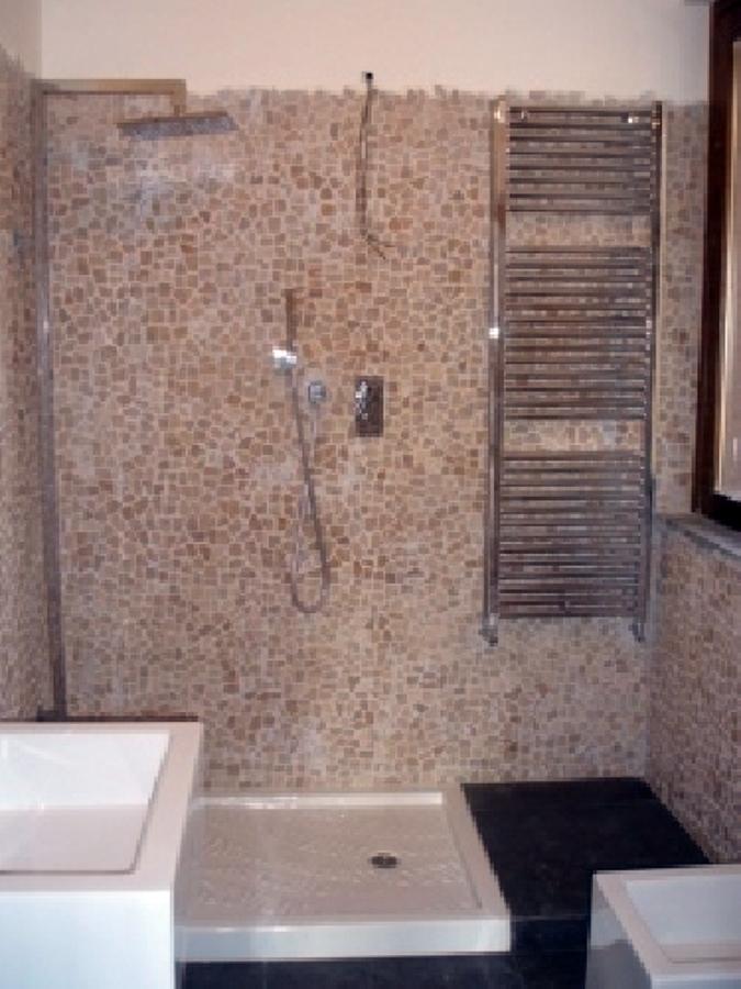 bagni su villa nuova