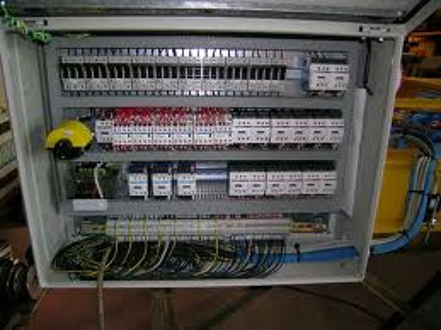Schema Cablaggio Quadro Elettrico Trifase : Schema cablaggio quadro elettrico trifase c e a