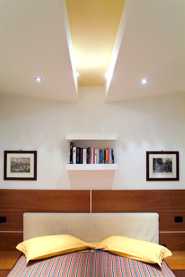 Foto camera matrimoniale privata abitazione de progetti for Camera matrimoniale con planimetrie del salotto