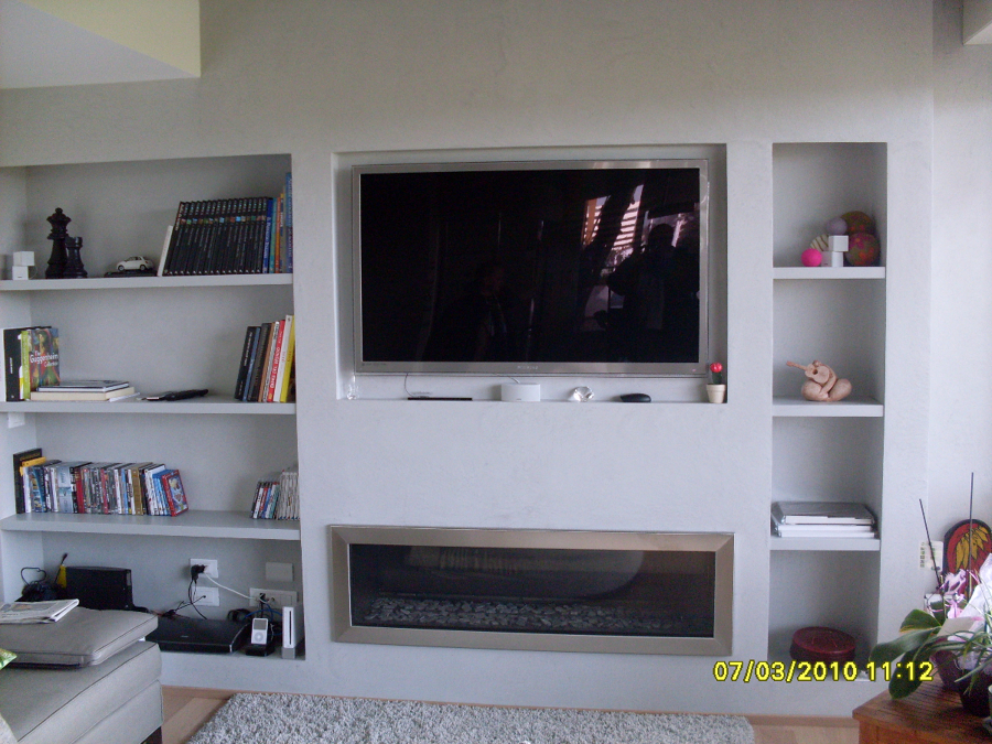 Cartongesso soggiorno caminetto idee per il design della - Immagini parete attrezzata ...
