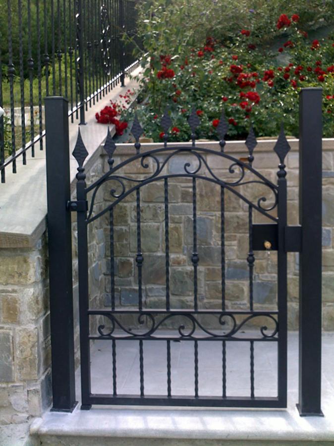 Foto cancello pedonale di artistica mazzini s n c 74749 - Cancelletto giardino ...
