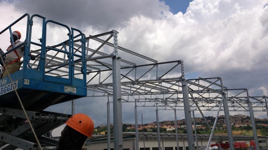 Foto capannone de dag carpenterie metalliche 76963 for Fai il capannone