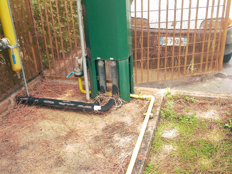 Foto collegamento serbatoio gpl interrato a vaporizzatore di carini impianti s r l 40027 - Bombolone gas interrato ...