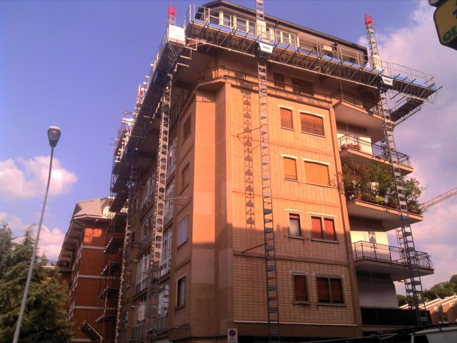 Condominio in Campobasso via Papa Giovanni XXIII, 43