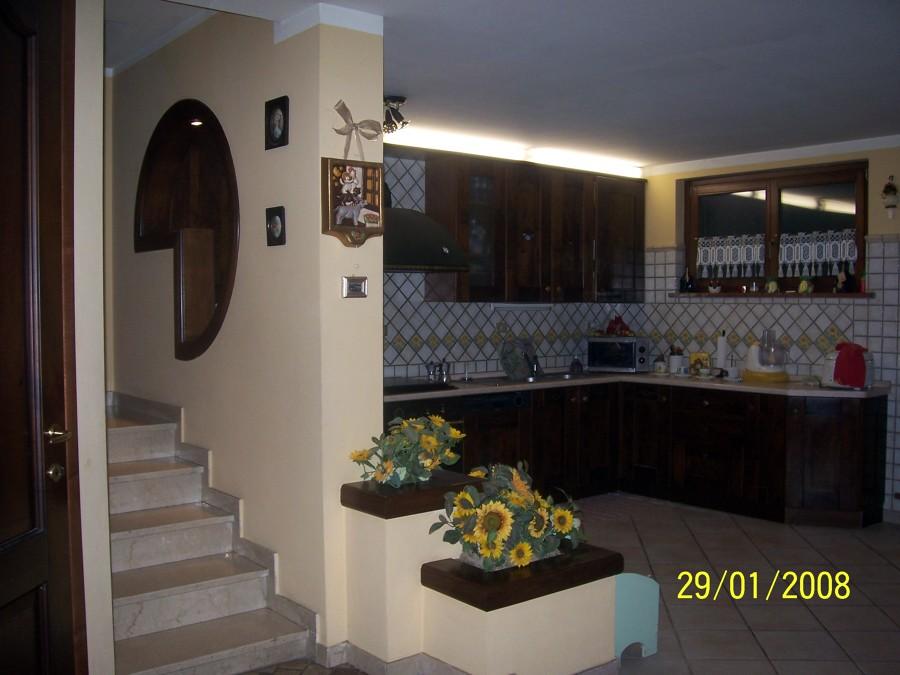 Foto condono edilizio taverna di abitazione privata de for Abitazione moderna
