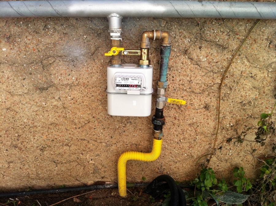 Foto contatore gas di citta 39 de ecotecnica cagliari for Armadio contatore gas