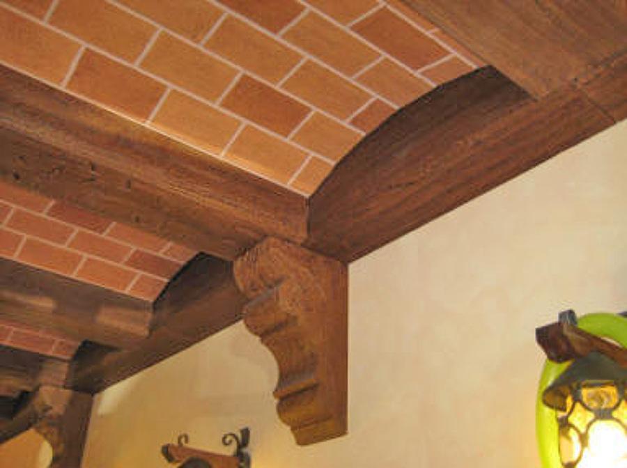Foto controsoffitto decorato de geometra capone gianluca for Polistirolo finto legno