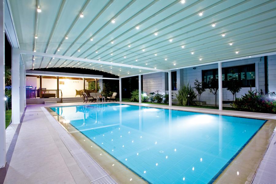 foto copertura mobile piscina 2 di esterni tende pergole