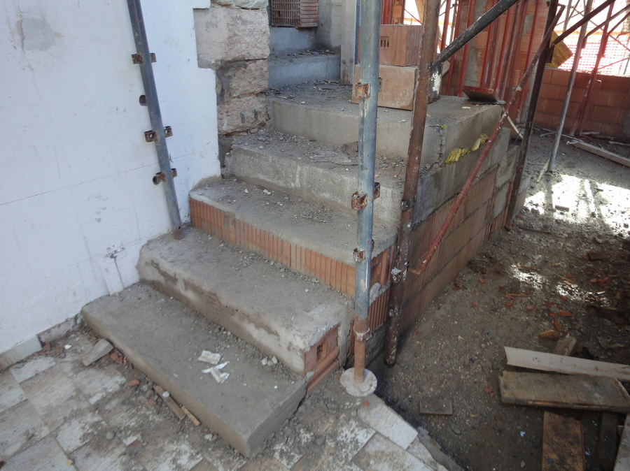 Foto costruzione di scale interne di dama costruzioni di ing zambelli davide 202903 habitissimo - Costruzione scale interne ...
