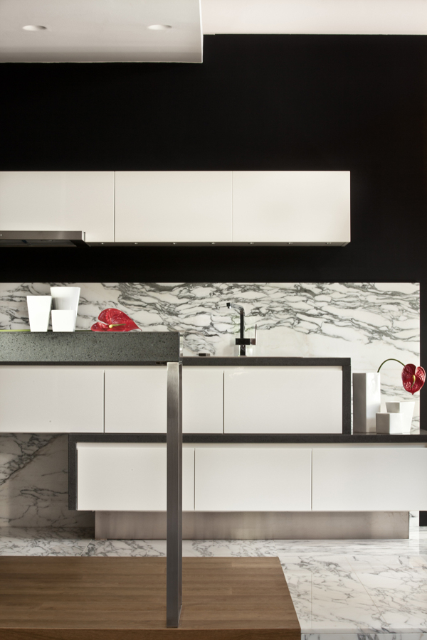 Foto cucina alternativa moderna de michele volpi studio - Alternativa piastrelle cucina ...