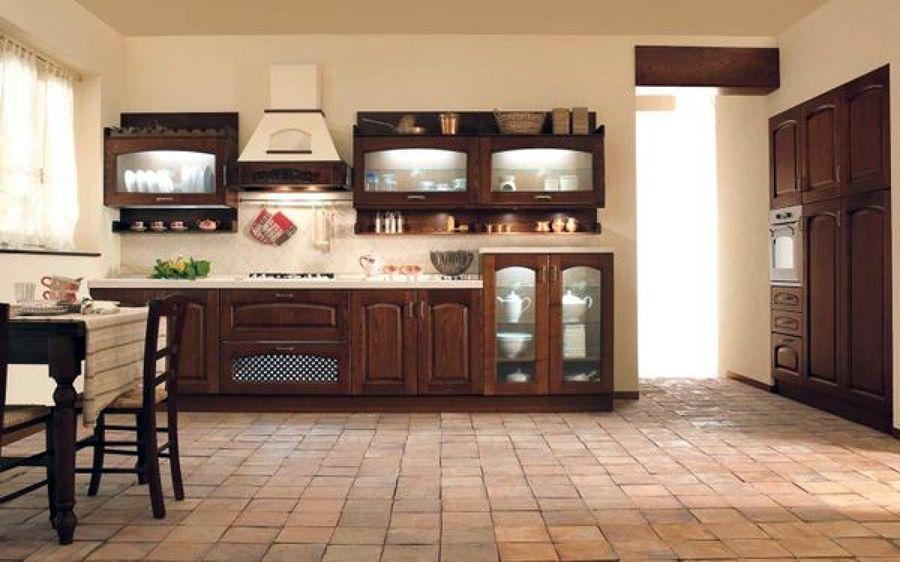 Foto cucina classica municchi cucine de tornello for Benvenuti arredamenti latina