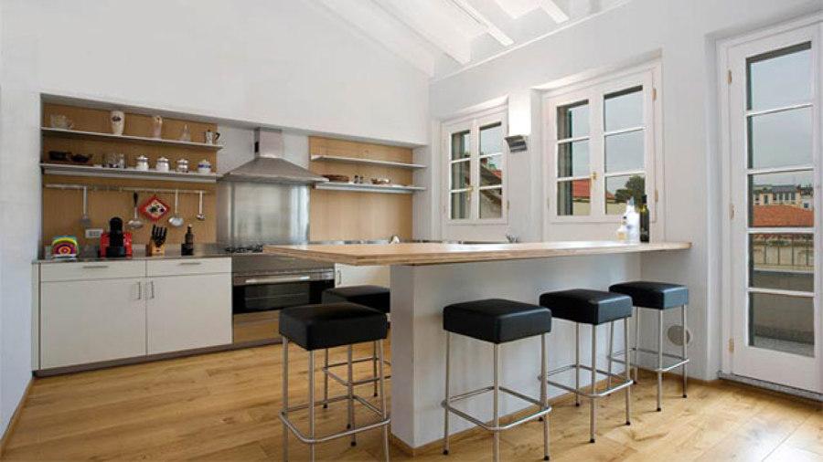 Foto: Cucina con Bancone di Paolo Alberto Zorzoli Architetto #227826 - Habiti...