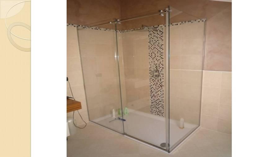 Foto box doccia scorrevole di vetrosud 296986 habitissimo - Foto box doccia ...