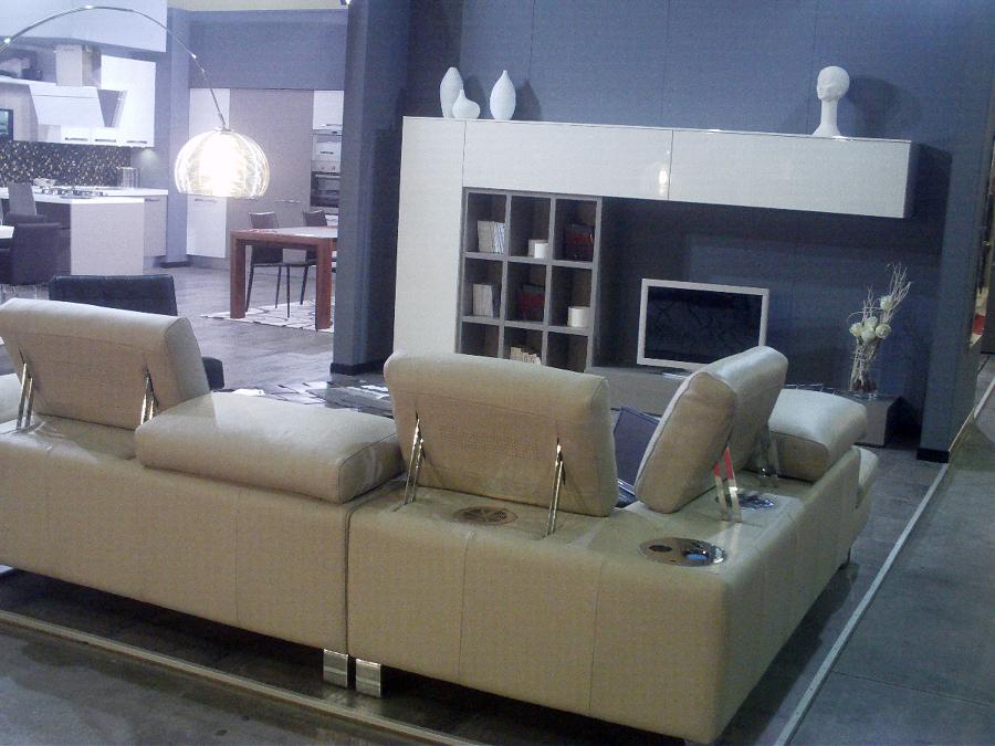 Foto divano angolo con musica di sirri arredamenti 48654 habitissimo - Musica divano era ...