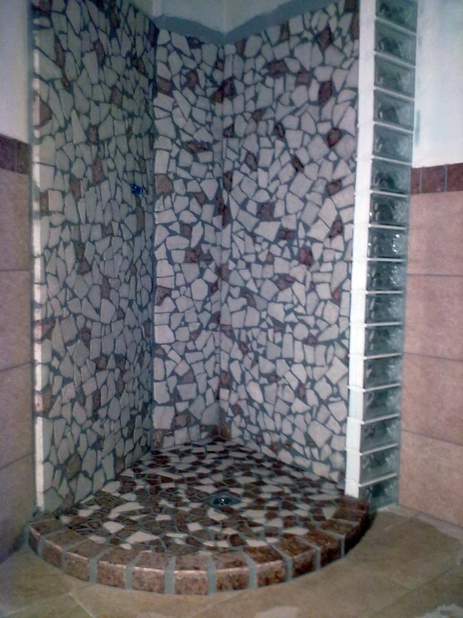 Foto doccia in ciottoli di biolo costruzioni 51958 habitissimo - Piatto doccia sassi ...