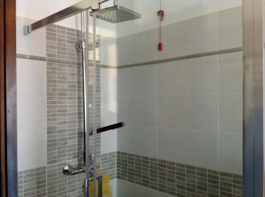 Bagno con doccia mosaico rg84 regardsdefemmes - Doccia a pavimento mosaico ...