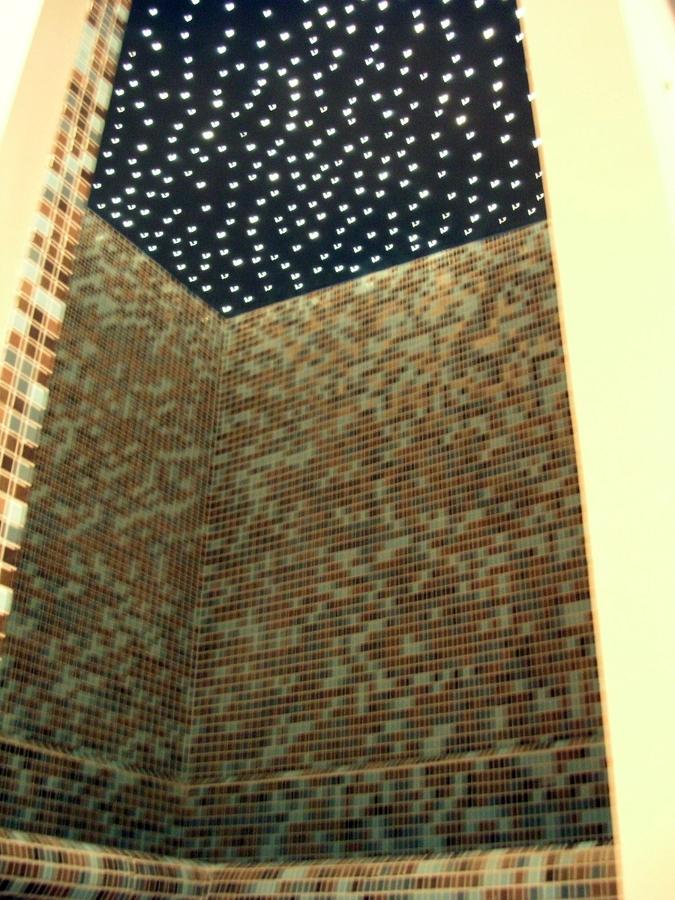 doccia turca con soffitto stellato in fibra ottica