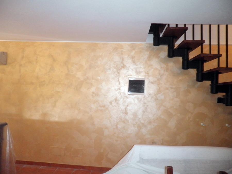 Awesome cornici pareti interne foto imbianchini cornici in - Effetti decorativi pittura ...