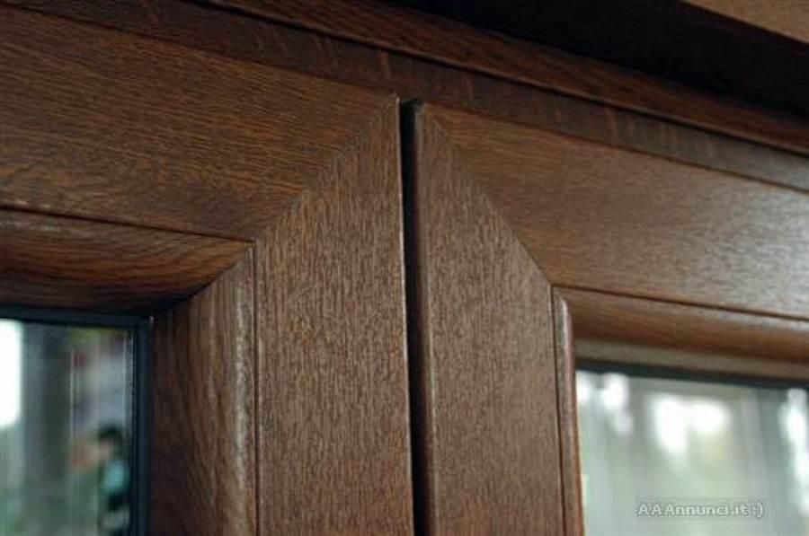 Foto effetto legno pvc di serramenti italpol 57163 for Infissi pvc legno