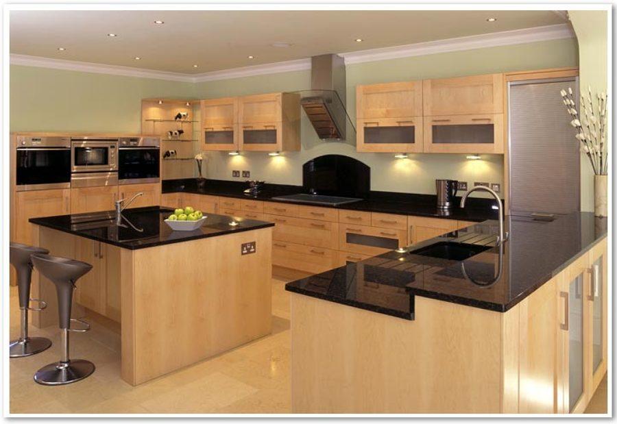Un esempio di cucina moderna in legno che possiamo realizzare su