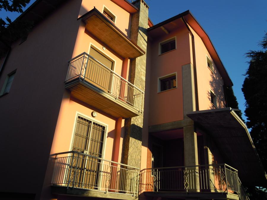 foto esterno casa rosa di modonesi fausto 215963