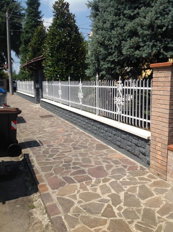 Foto esterno ripristino ringhiera e muretto di edilcasa 2 - Ringhiere per giardino ...
