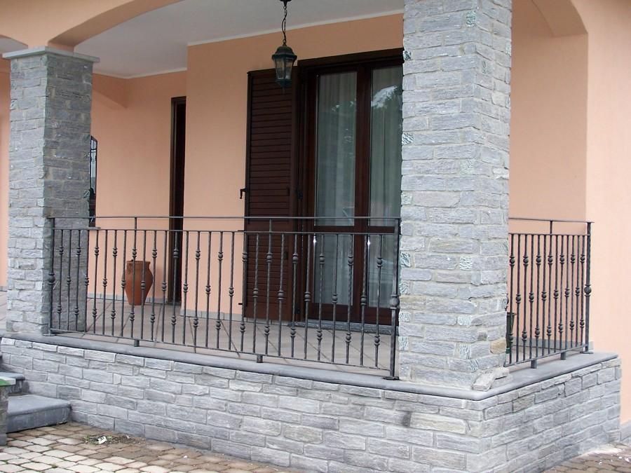 Casa moderna roma italy ristrutturazione facciate esterne for Immagini facciate esterne case