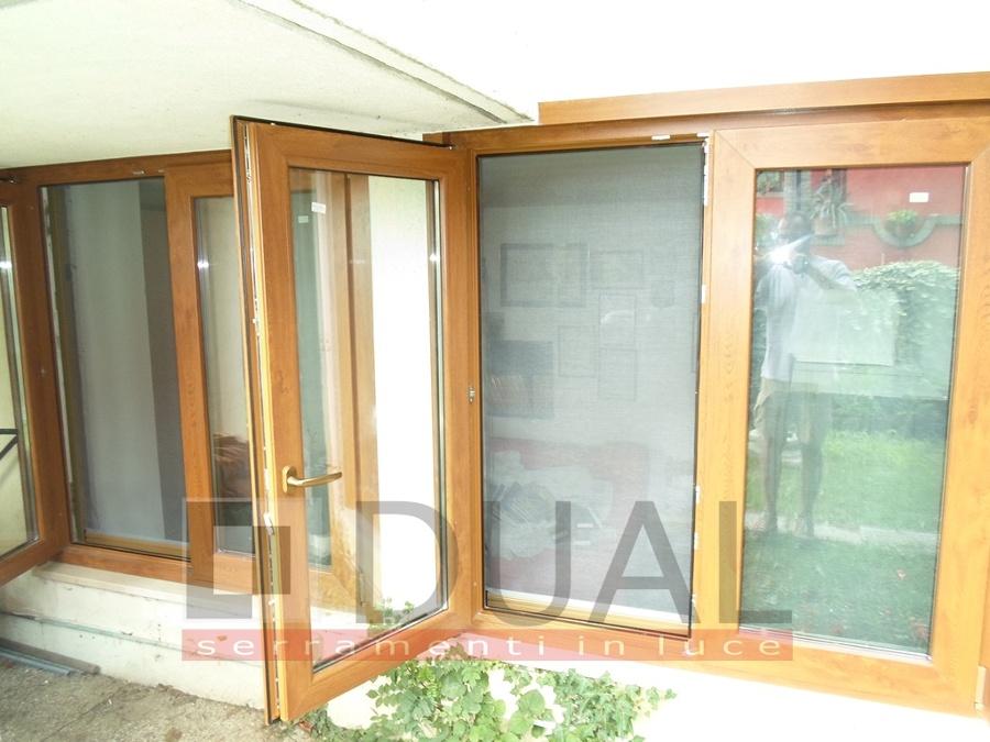 Foto finestra con apertura esterna di dual serramenti di cantemir 208224 habitissimo - Finestre apertura esterna ...