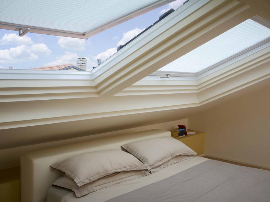 Foto finestra per tetti apertura bc di stile infissi srl 233091 habitissimo - La finestra biz srl ...