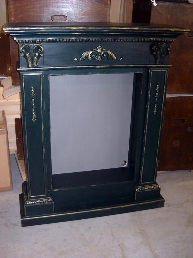 Foto finto camino in legno de margotto 149844 for Finto camino natalizio