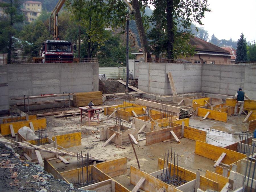 Foto fondamenta casa di artedile di armando piras 151398 for Voglio costruire una piccola casa