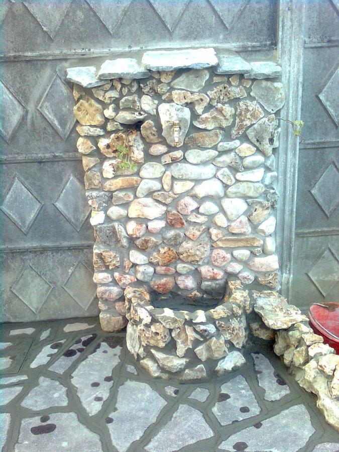 foto fontana da giardino in pietra di impresa edile di