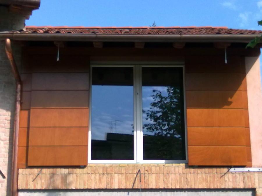Foto fx pvc scuri scorrevoli in okoum di dueffe 60577 for Scuri in legno prezzi