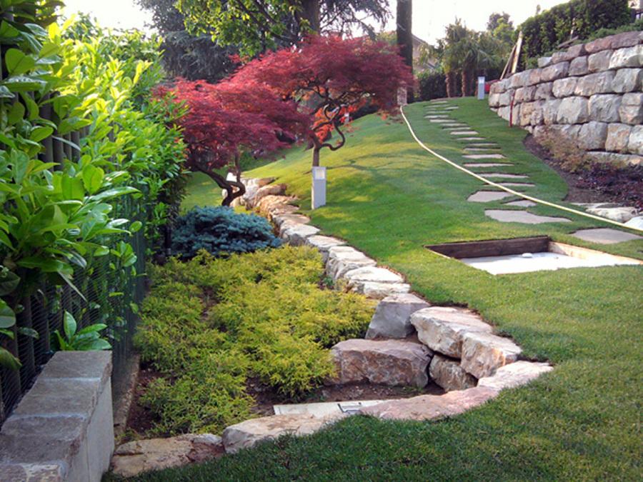 Foto giardino con piscina trescore balneario bg di - Design giardini esterni ...