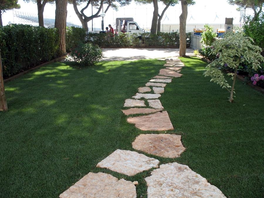 Foto giardino privato dopo de pieffe servizi 50478 - Progetto giardino privato ...