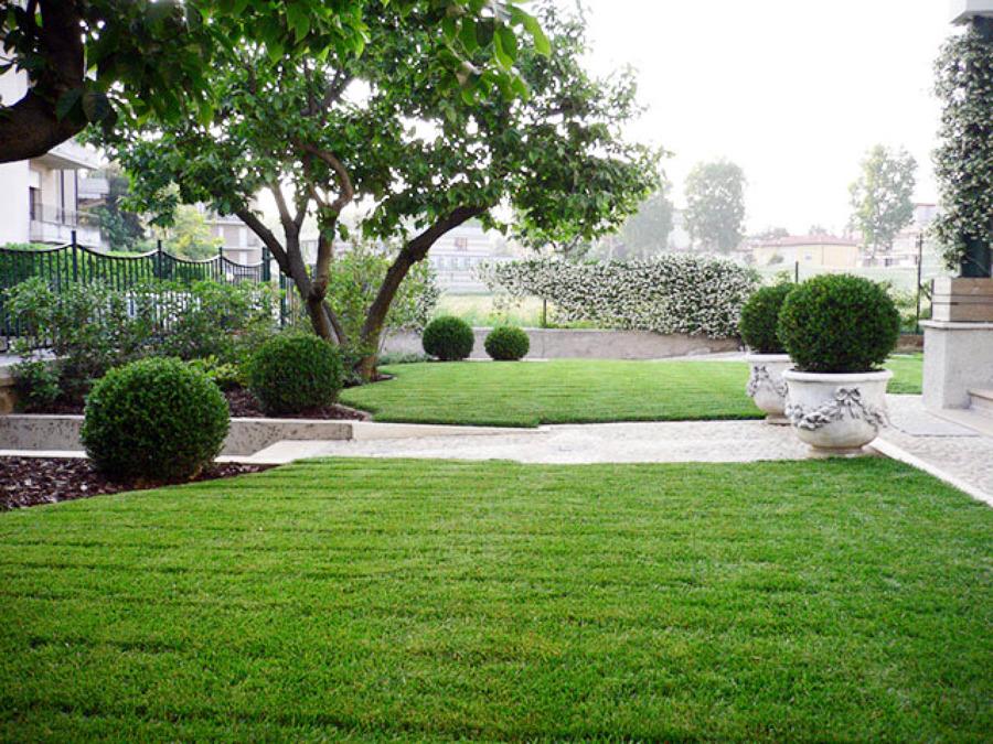 Foto giardino villa singola dalmine bg di rizzi for Architetto giardini roma