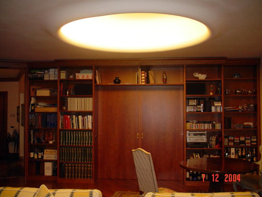 Foto: Gola Luminosa su Soffitto De Impresa Edile