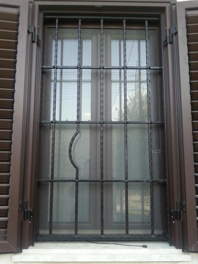 foto grata in ferro per finestra di tecnoinfissi 235709