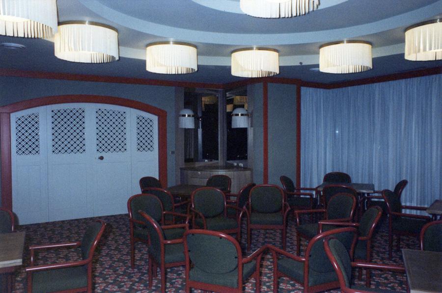 Foto hotel principi di piemonte sestriere arredo sala for Arredo hotel trento