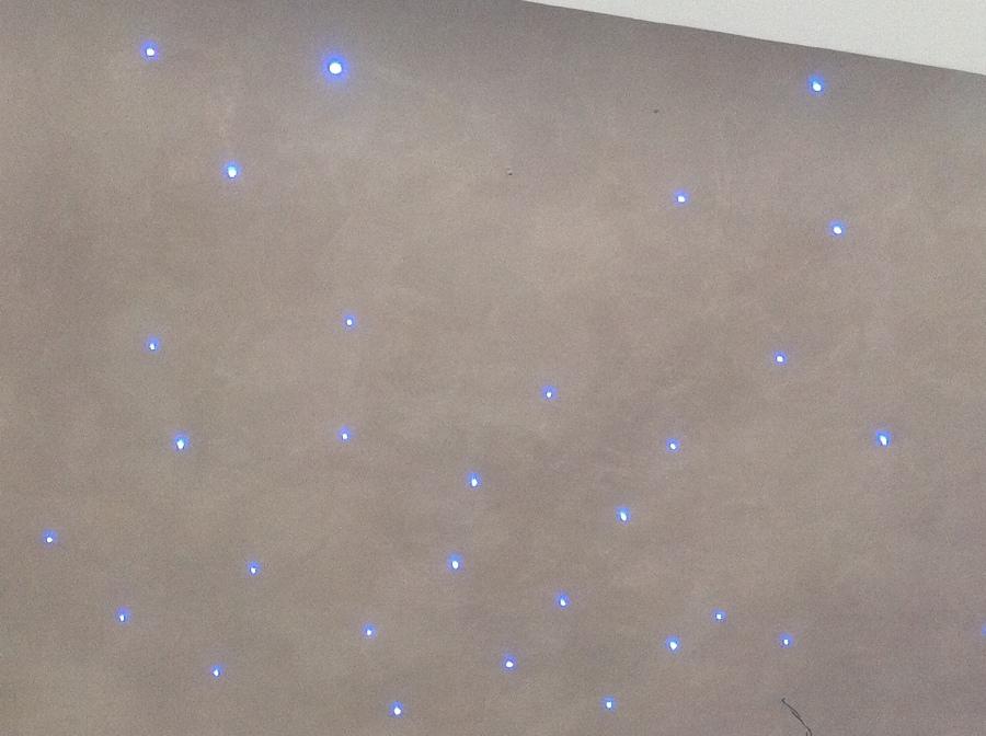 foto: illuminazione cielo stellato con led da 3-5 mm di emmelle ... - Luci Soffitto Stellato
