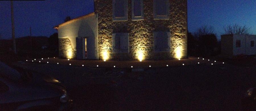 Foto illuminazione facciata di ad sistem di alessandro d 39 angeli 147809 habitissimo - Luci esterne casa ...