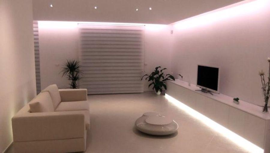 Foto illuminazione generale a led de luceled pro srl 46084 habitissimo - Luci a led per interni casa ...