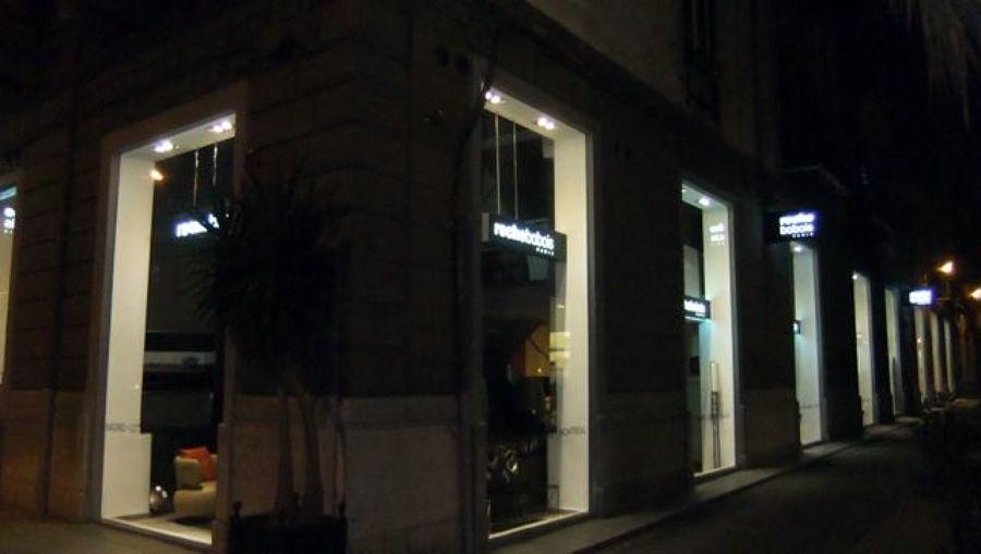 Foto: Illuminazione Vetrine Negozio di Luceled Pro Srl #46094 - Habitissimo