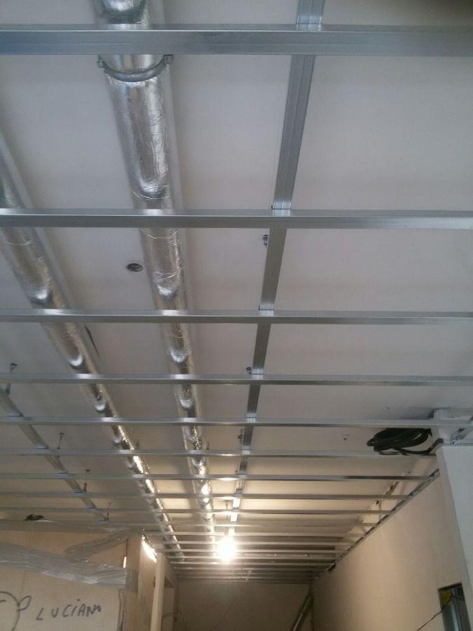 Foto impianto di canalizzazione predisposto per aria - Canalizzazione aria condizionata ...
